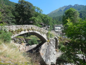 Brücke in Piedicavallo, Copyright italien-sehenswertes.de